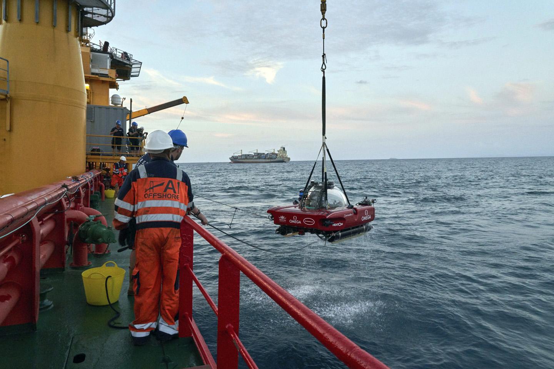 Seychelles Ocean Mission submersible launch