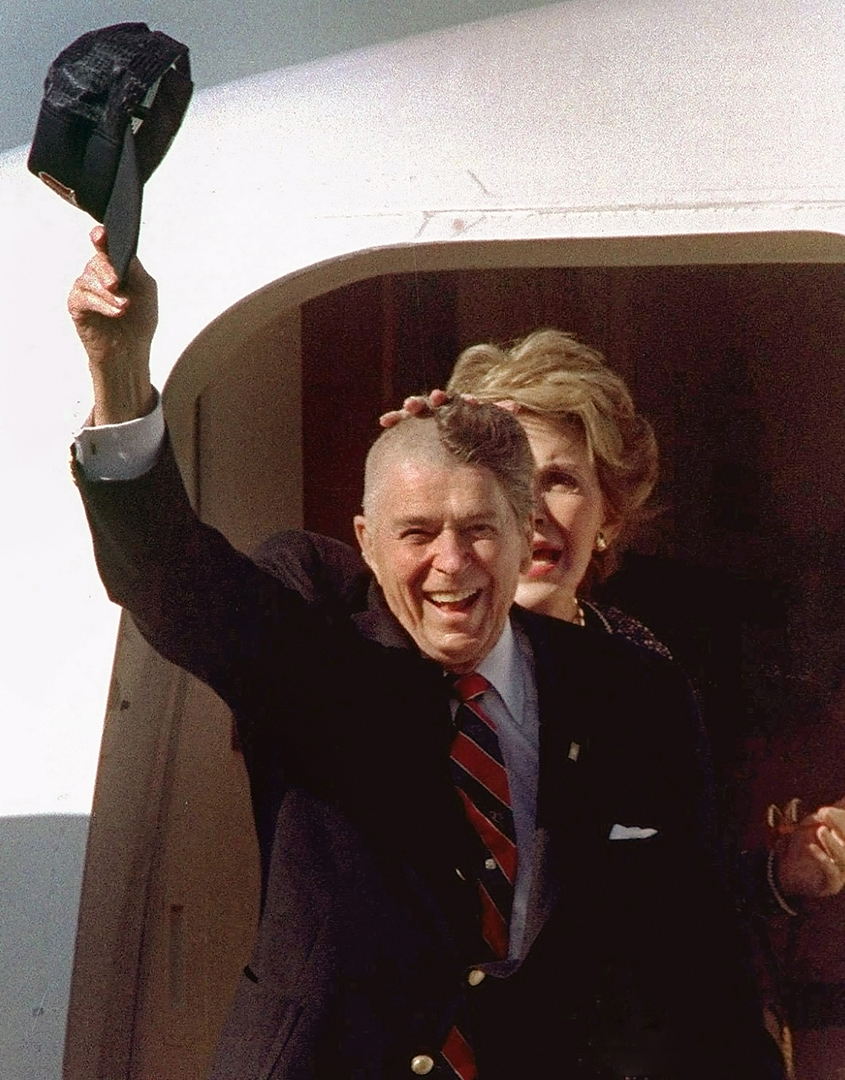 ronald reagan domestic policy essay Reagan and russia seweryn bialer and joan afferica  review essays  both the domestic and foreign policies of the reagan administration, like the reagan campaign.